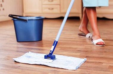 Чистый ламинат как мыть без разводов в домашних условиях и чем